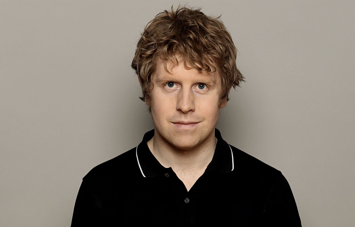 JOSH WIDDICOMBE TO HOST BRAND NEW PANEL SHOW HYPOTHETICAL