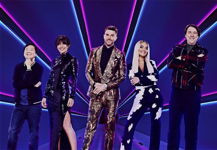THE MASKED SINGER COMES TO UK TV WITH JOEL DOMMETT AND JONATHAN ROSS