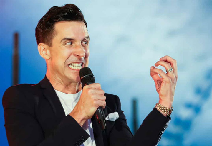 RUSSELL KANE'S WINS FUNNIEST SHOW OF 2020