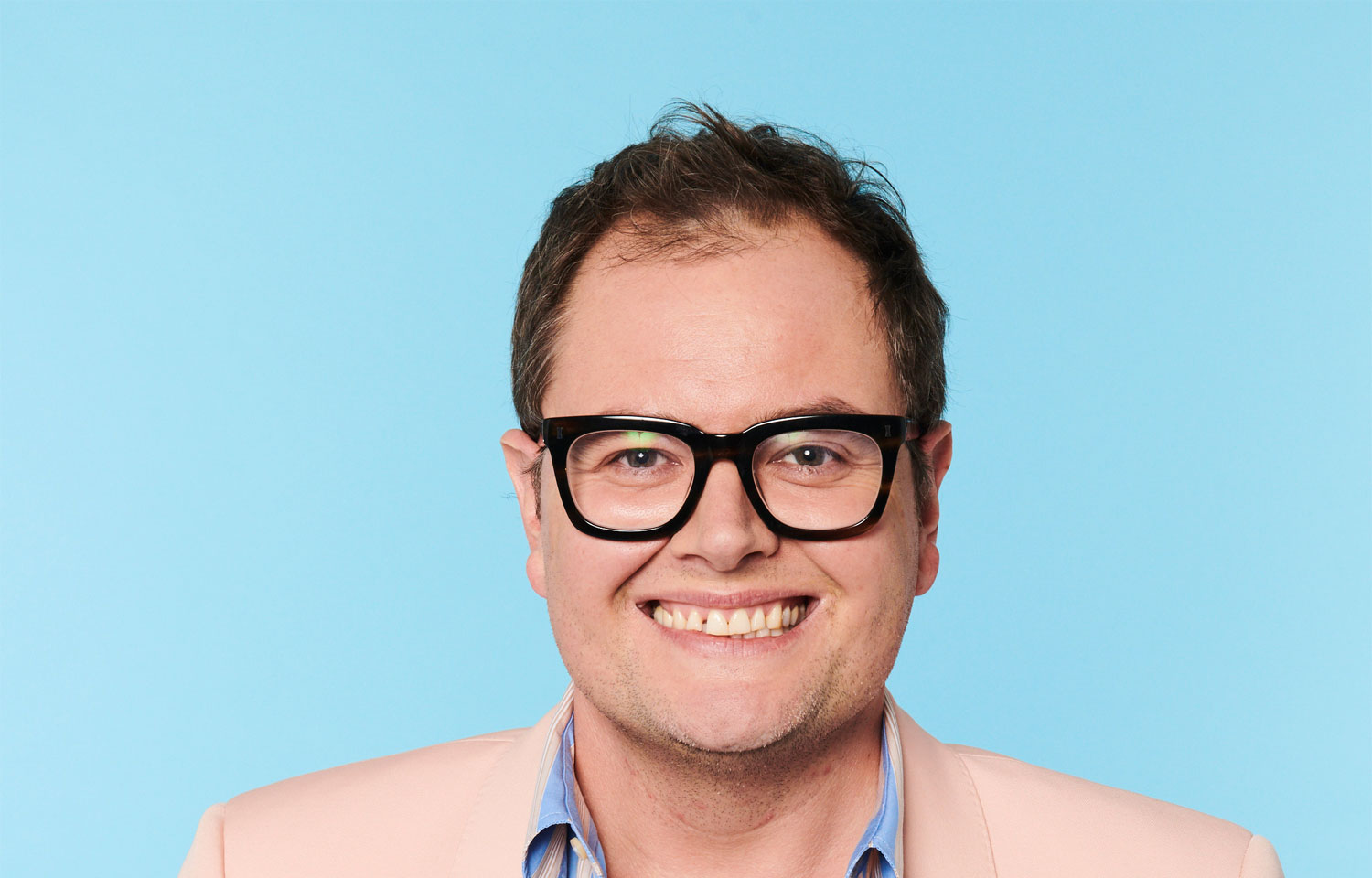 SEARCH BEGINS TO FIND A YOUNG ALAN CARR FOR HIS NEW SITCOM